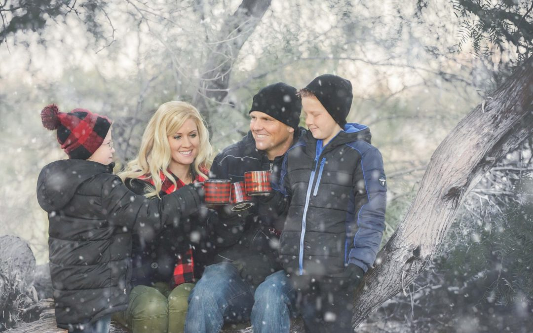 Gilbert Family Photographer | Family Pictures in the Snow