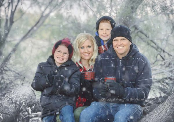 Phoenix Family Photographer  |  Family Pictures in the Snow