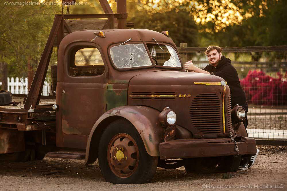 fun senior photos trucks chandler arizona
