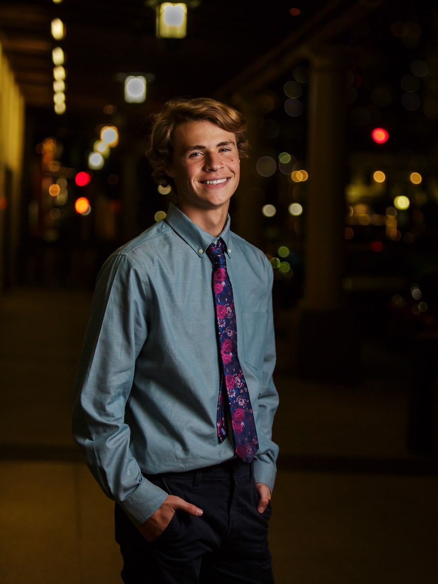 Downtown Chandler Senior Pictures Night