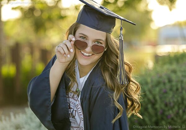 When is the Best Time to Schedule Senior Pictures? | A Guide to Senior Portraits for Parents | Phoenix Photographer