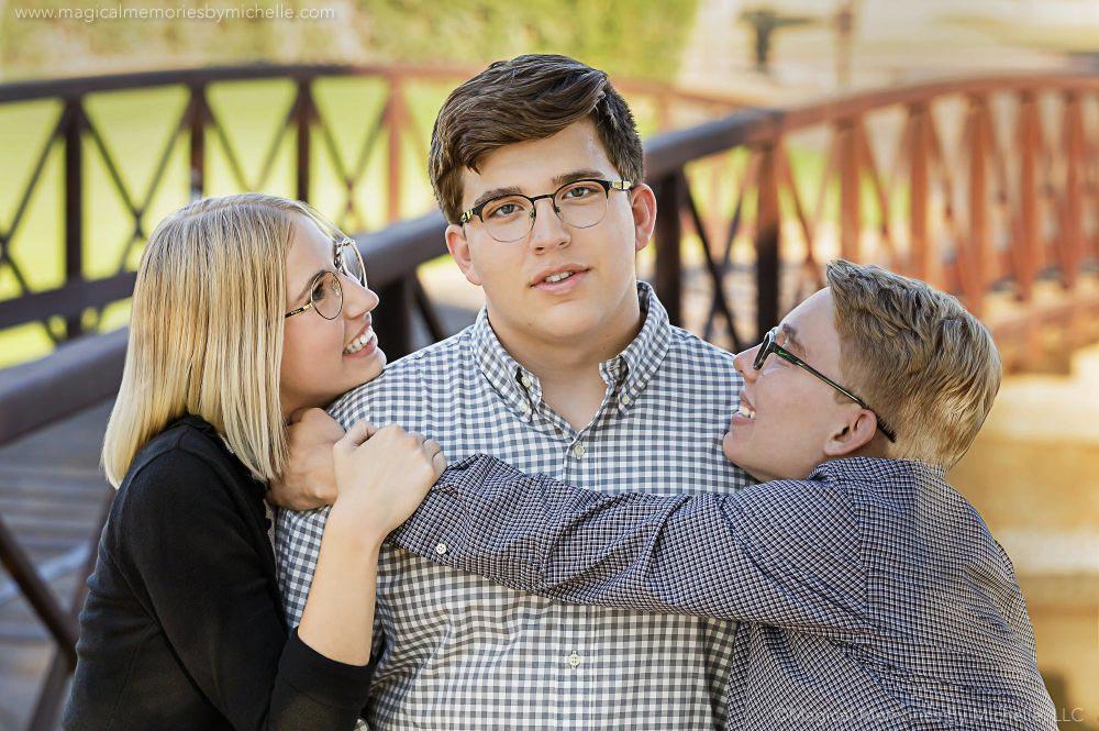 Triplet Smoosh Senior Pictures